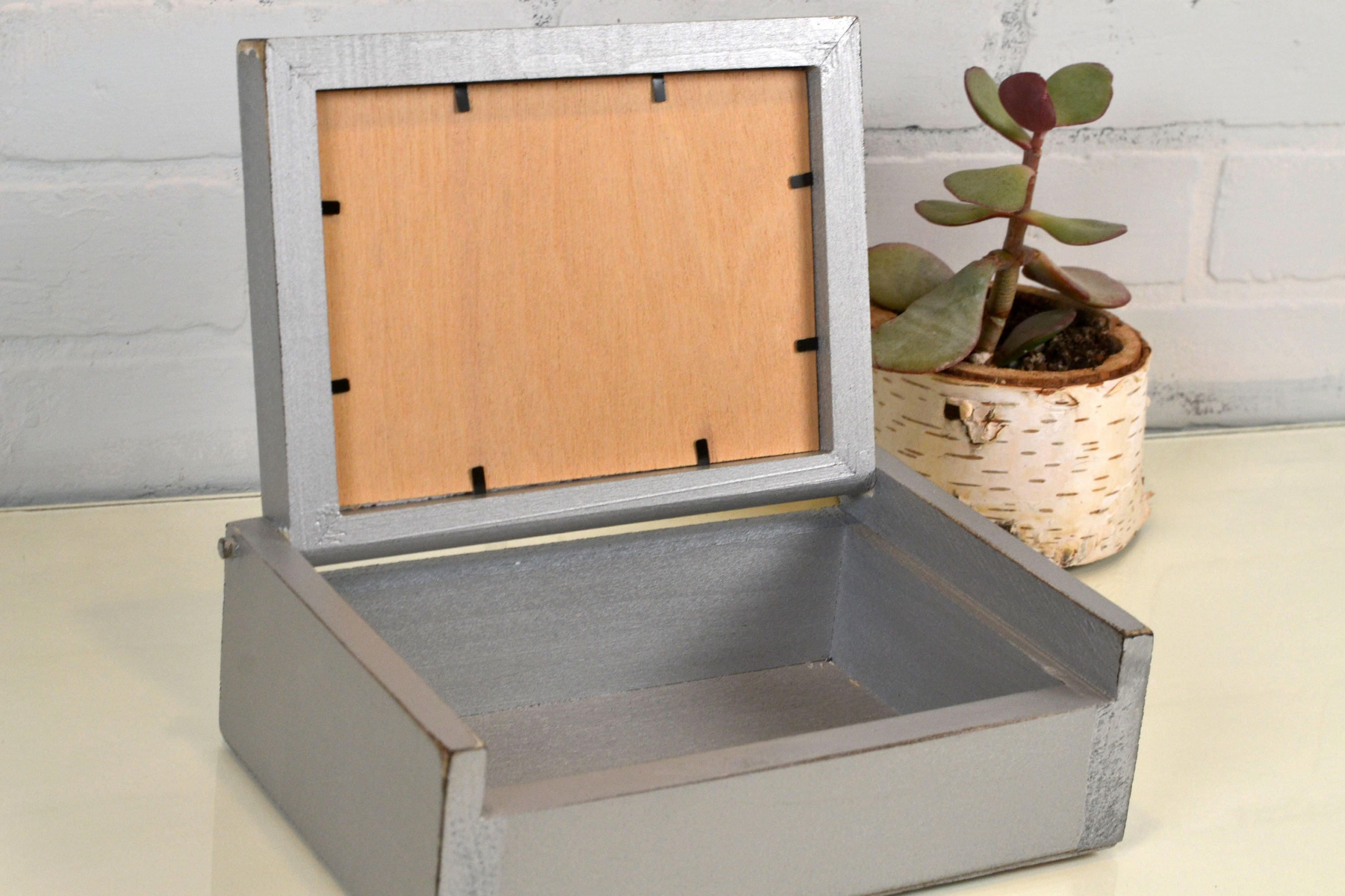 Wooden Keepsake Box With 5x7 Picture Frame Lid In Vintage Silver