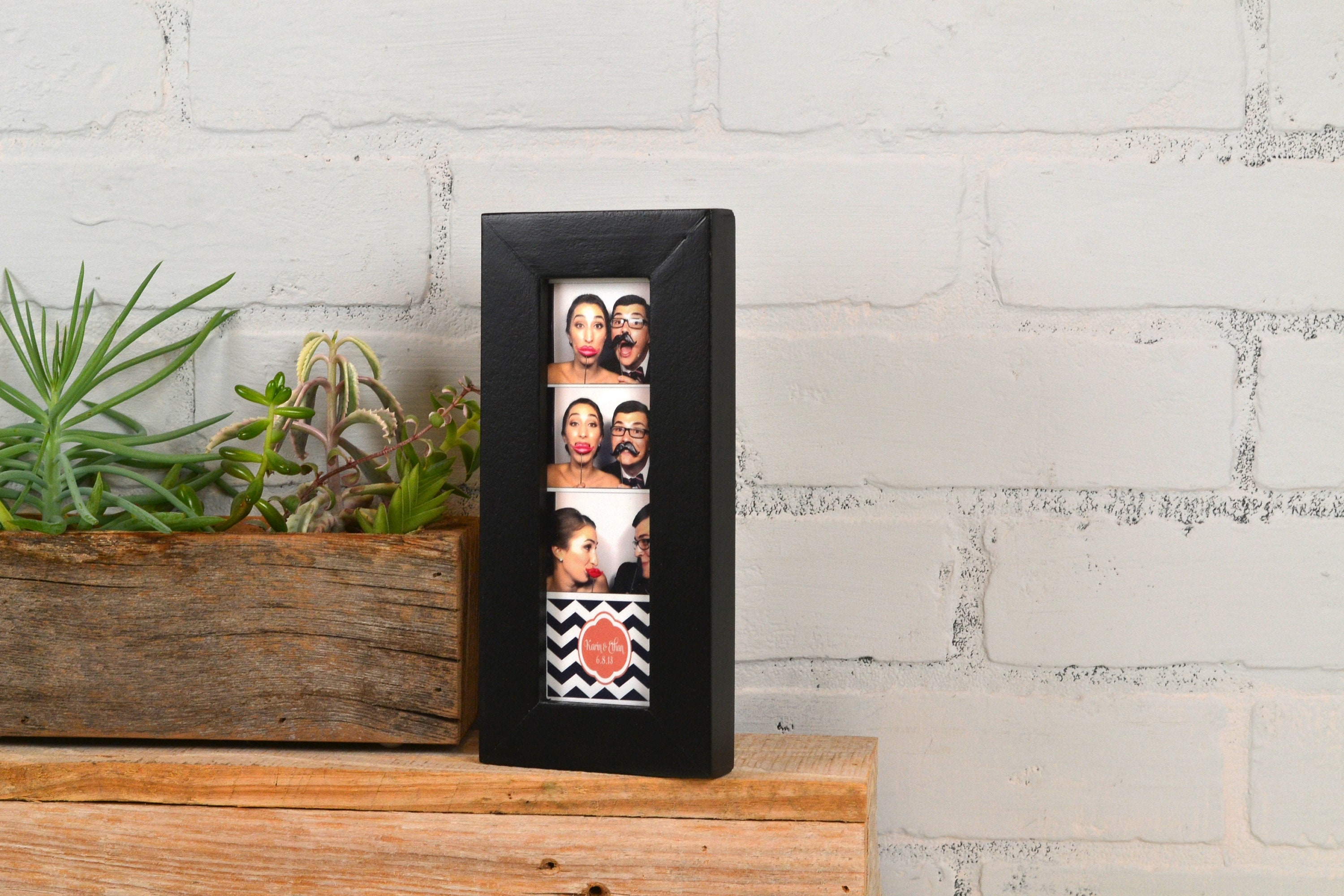 Photo Booth Frame 2 X 6 For Picture Strip In 1x1 Flat Style And In