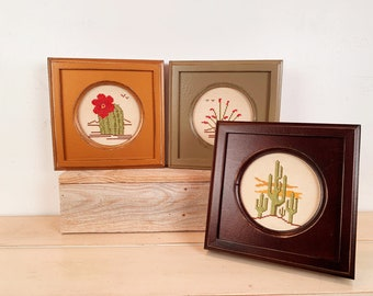 """5x5"""" Circle Opening Picture Frame with Outside Cove Build up - Needlepoint or Photo Frame in Finish Color of YOUR CHOICE - 5 x 5 Round Frame"""
