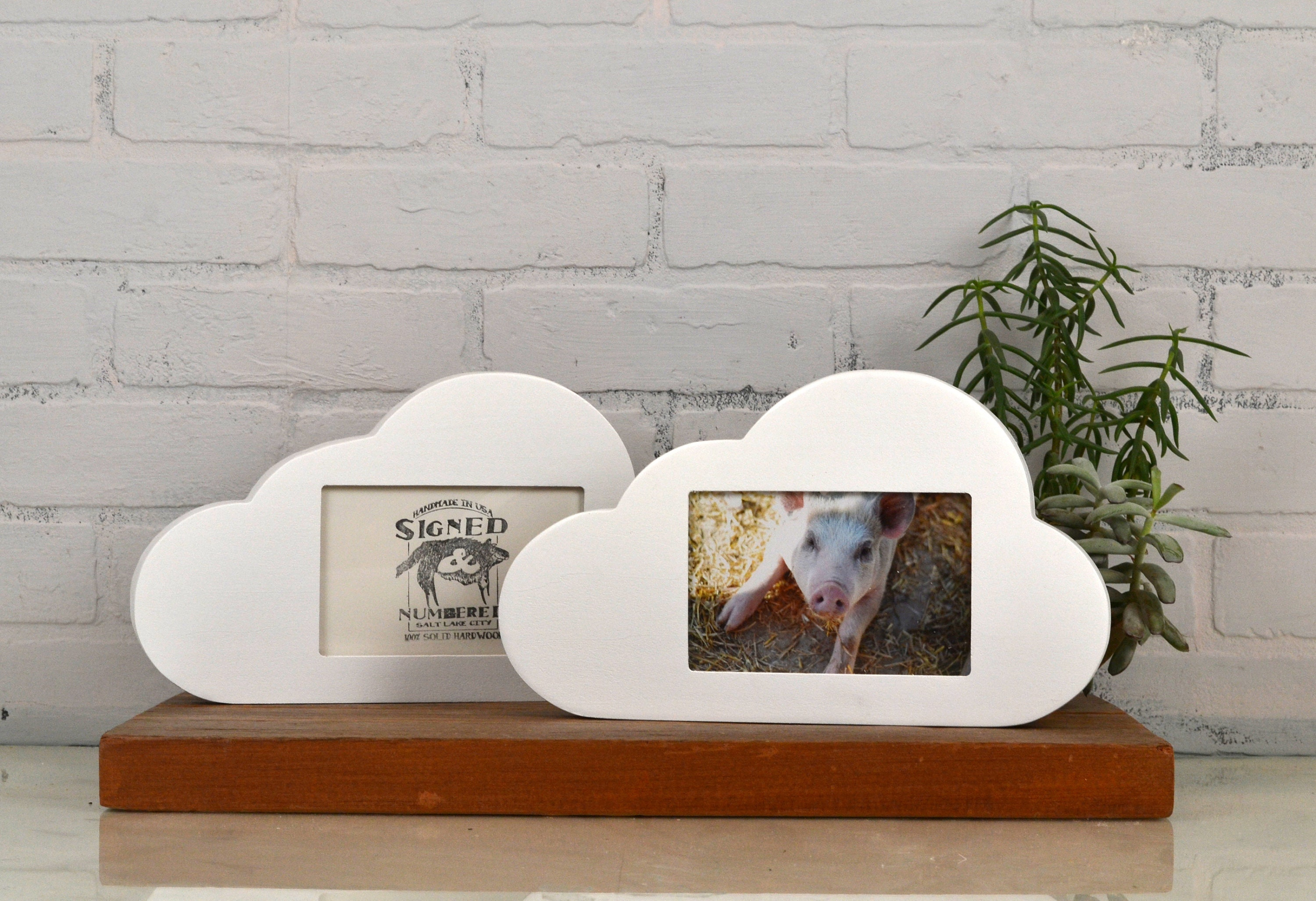 4x6 Picture Frame Cloud Shape with Solid White Finish 4 x 6