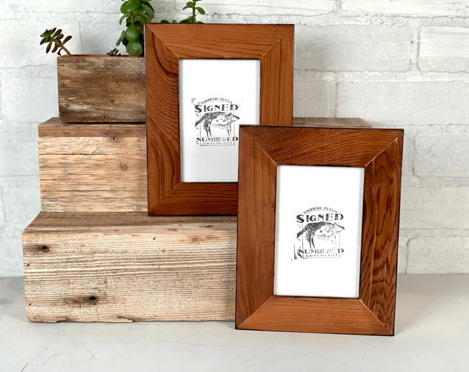 """4x6 Picture Frame  - SHIPS TODAY - 1.5"""" Reclaimed Cedar Wood with Burnished Natural Finish - In Stock - 4 x 6 Rustic Frame"""