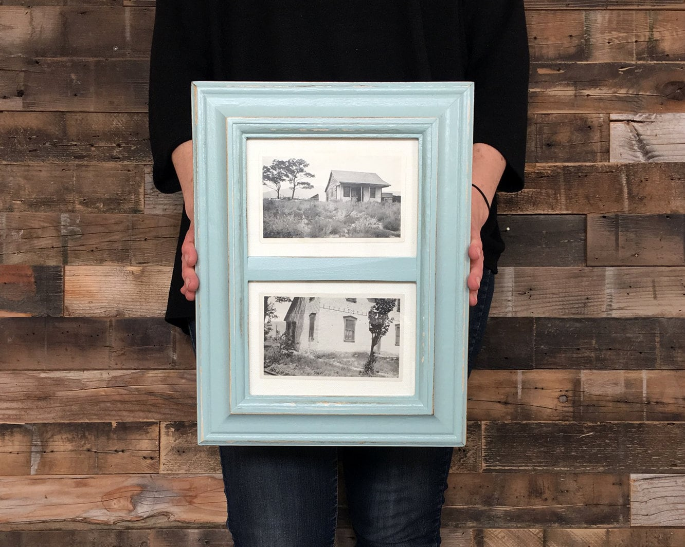 Diptych Style Frame For 2 5x7 Photos In Mulder Style And Finish