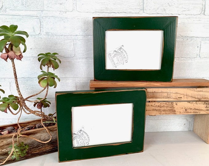 """5x7 Picture Frame - SHIPS TODAY - 1.5"""" Reclaimed Cedar Wood with Super Vintage Forest Green Finish - In Stock - Upcycled Wood Frame 5 x 7"""