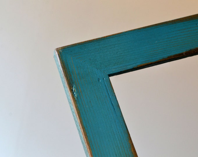 """Super Vintage Color of Your Choice in Reclaimed Cedar Choose your frame size: 3x3, 2x6, up to 18x24 inches - A3 11.7x16.5"""" size"""
