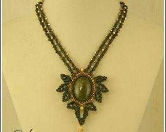 Kitiara  , macramè necklace pattern