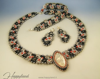Lady Agata, tatted set OOAK: necklace, bracelet and earrings