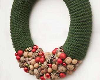 Green Christmas wreath, Winter wreath, Holiday wreath, Front door wreath, Rustic Christmas wreath