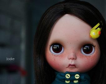 Reserved for Cinzia - Daffy custom ooak Blythe doll by Jodiedolls