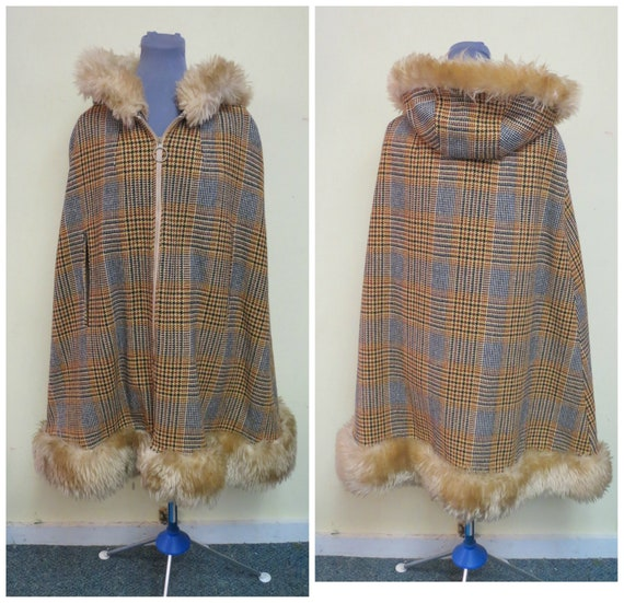 Vintage 70's Hooded Wool Cape,  Poncho, Cream Brow