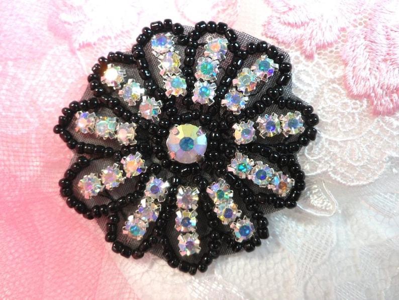 N19 Gunmetal Glass Rhinestone Applique Snowflake Floral Beaded Patch Sewing