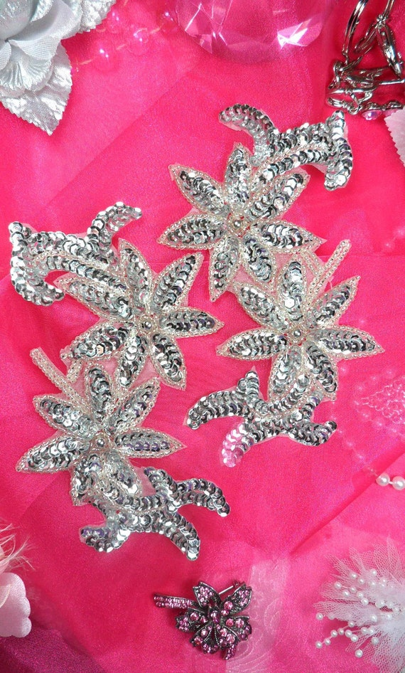 """0505  Royal Blue Floral Mirror Pair Beaded Sequin Appliques 6/"""" ~SEWING MOTIF :"""