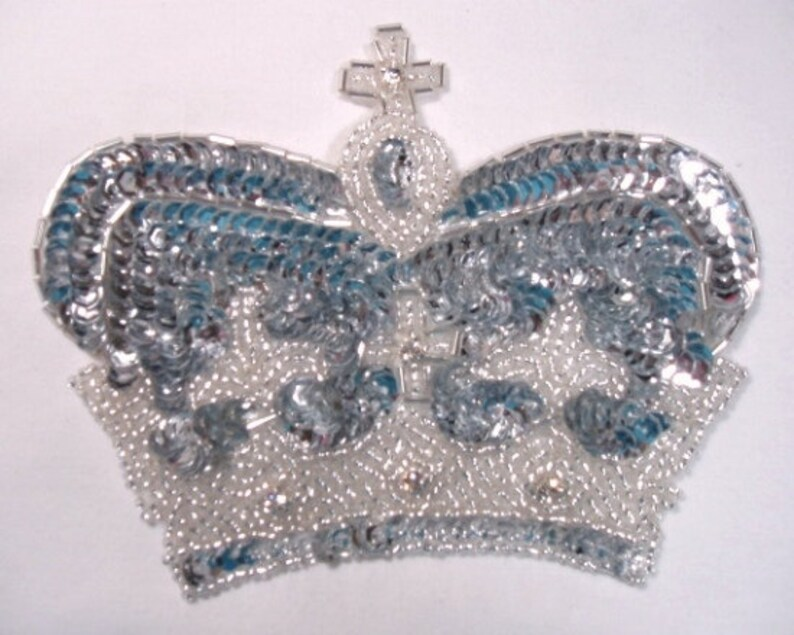 0008  Silver Crown Sequin Beaded Applique