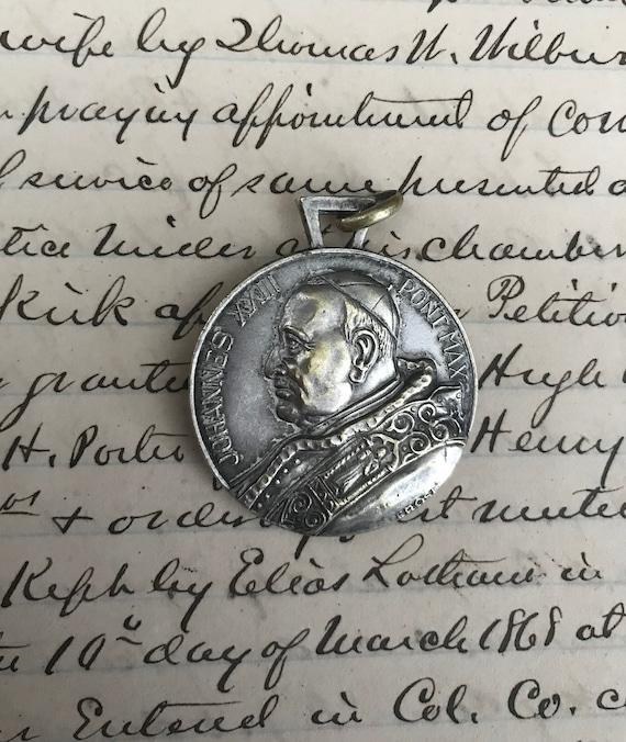 Large Vintage St Christopher medal - Pope John XX… - image 5
