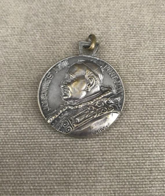 Large Vintage St Christopher medal - Pope John XX… - image 7