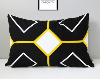 Black White Outdoor Pillow Cover, Modern Yellow Geometric Pillow Cover, Decorative Pillow Cover, Sunbrella Cushion Cover, Arabesk, Mazizmuse