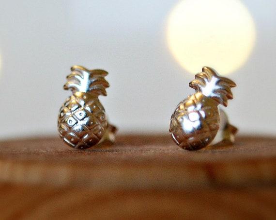 Sterling silver pineapple stud earrings