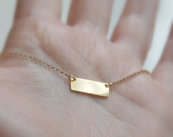 Small bar necklace in gold or silver - personalize it!