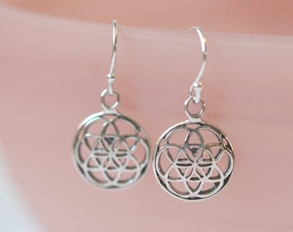 Flower of life earrings, sterling silver flower earrings, flor de la vida, yoga gift, simple earrings, minimalist earring, delicate earrings