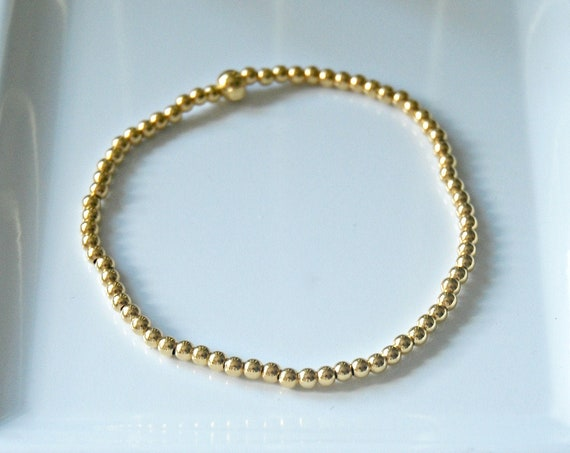 Gold balls bracelet