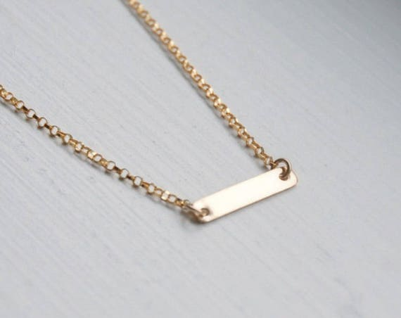 Mini bar necklace in gold or silver