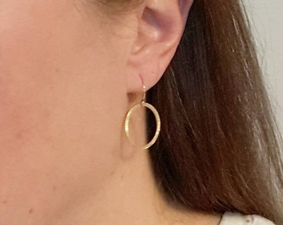 Circle earrings in gold, sterling silver or oxidized sterling