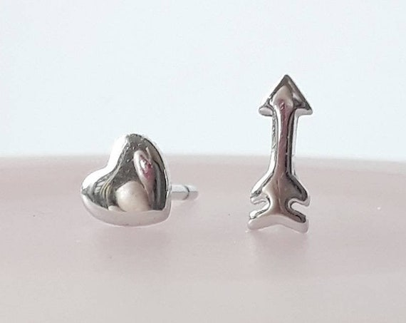 Silver heart and arrow stud earrings, sterling silver heart studs, tiny heart earrings, cupid earrings, arrow earrings, romantic gift