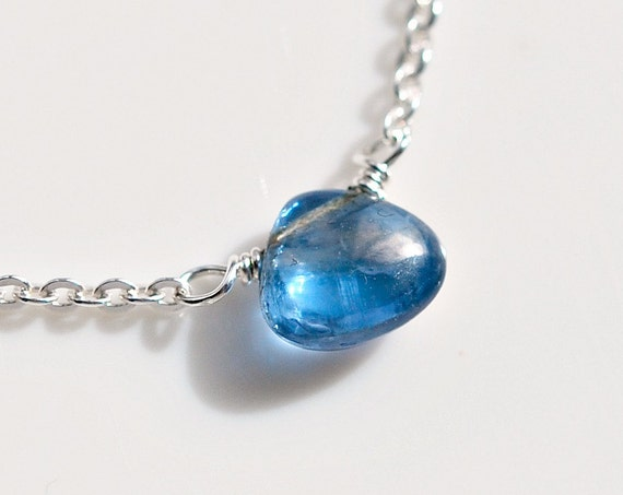 Blue kyanite gemstone necklace