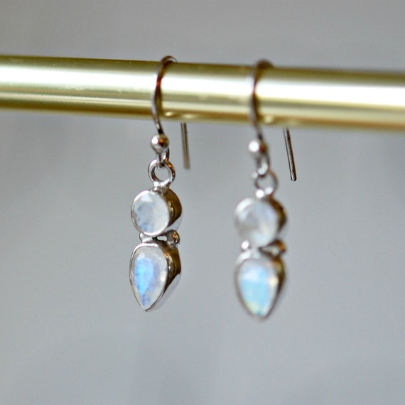 Moonstone earrings in sterling silver
