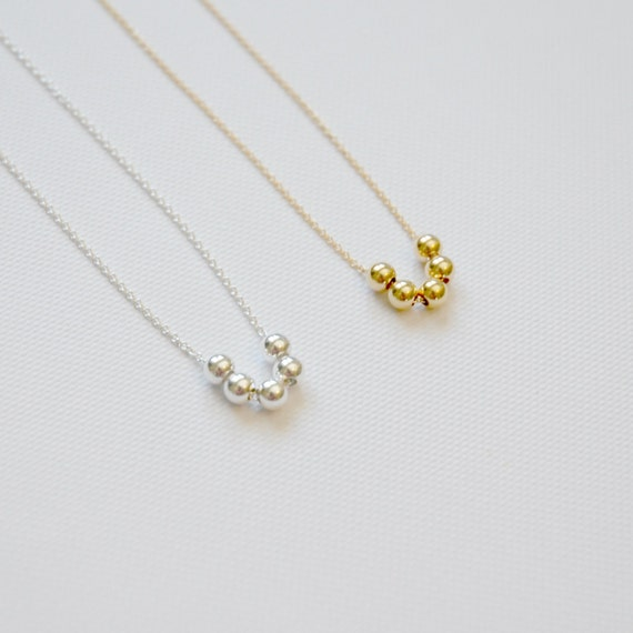 Silver or gold balls necklace