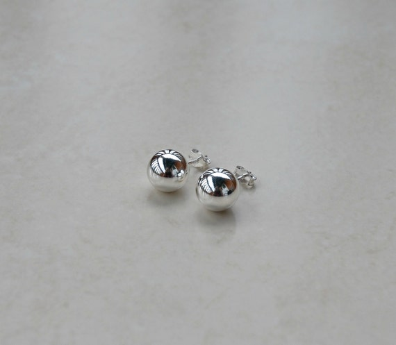 Sterling silver ball stud earrings - 10mm