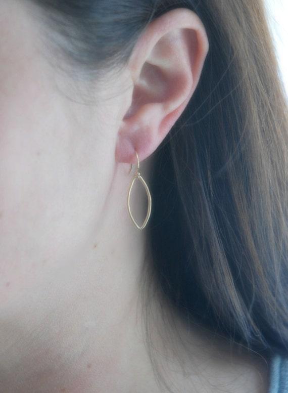 Oval hoop earrings, sterling silver hoop earrings, minimalist earrings, thin hoops, everyday sterling silver earrings, simple jewelry