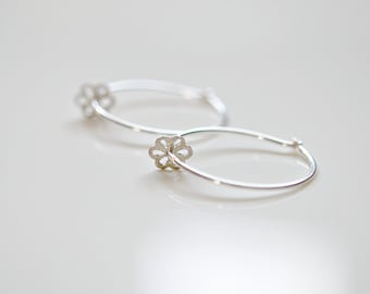 Silver hoops with tiny flower, thin sterling silver hoops, daisy slider, delicate hoops, flower girl earrings, simple dainty earrings