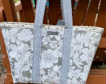 The Aloha--Hawaiian print floral reversible oilcloth tote in silver/gray
