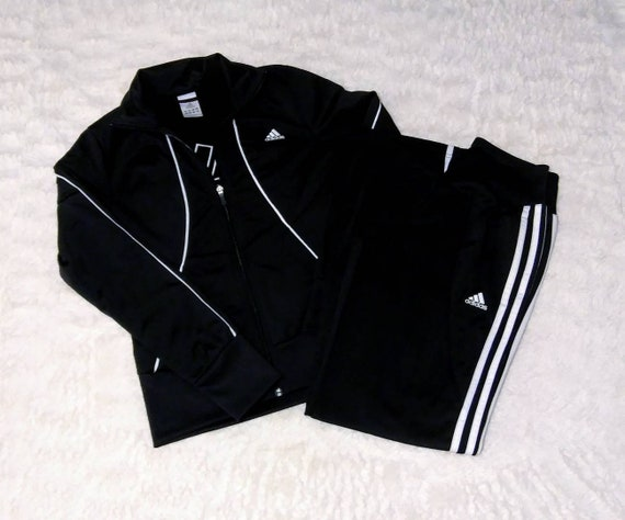 Adidas 1990's tracksuit. Size small. Great conditi