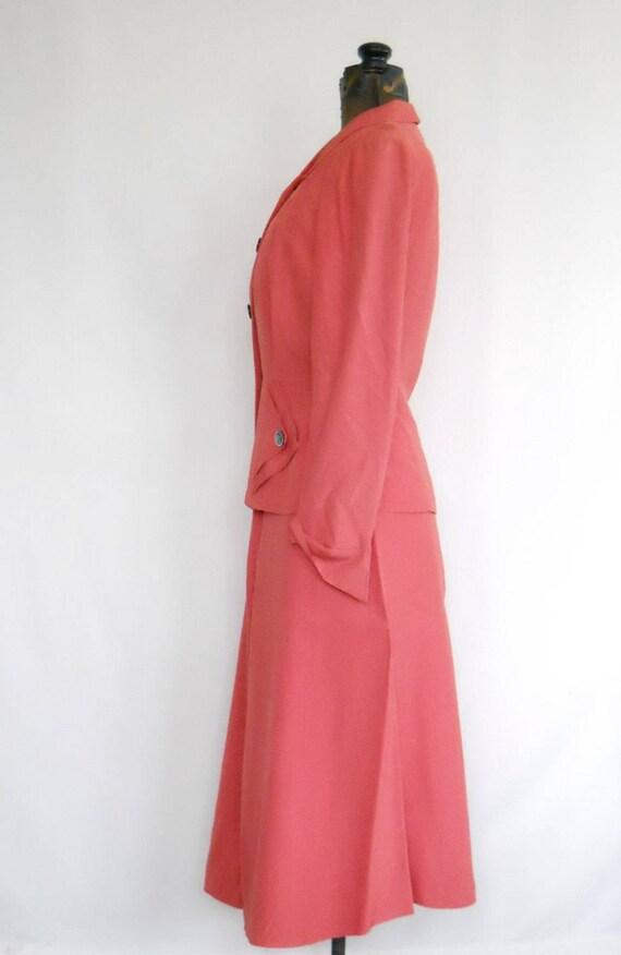 Authentic 1940s Ladies Rayon Suit Vintage Swansdo… - image 4