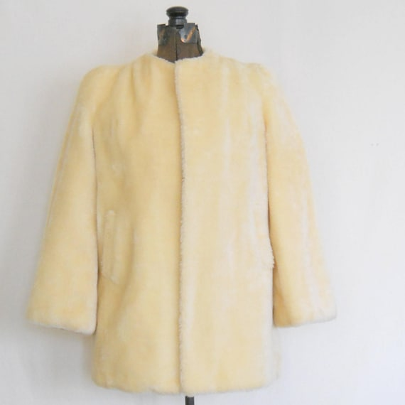 Vintage Faux Fur Jacket Winter White Cream Fake Fu