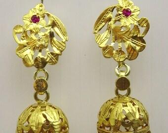 Vintage 22 Karat Gold Earrings From The Near East Etsy