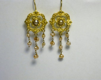 Vintage reproduction18k Gold Victorian style Earrings