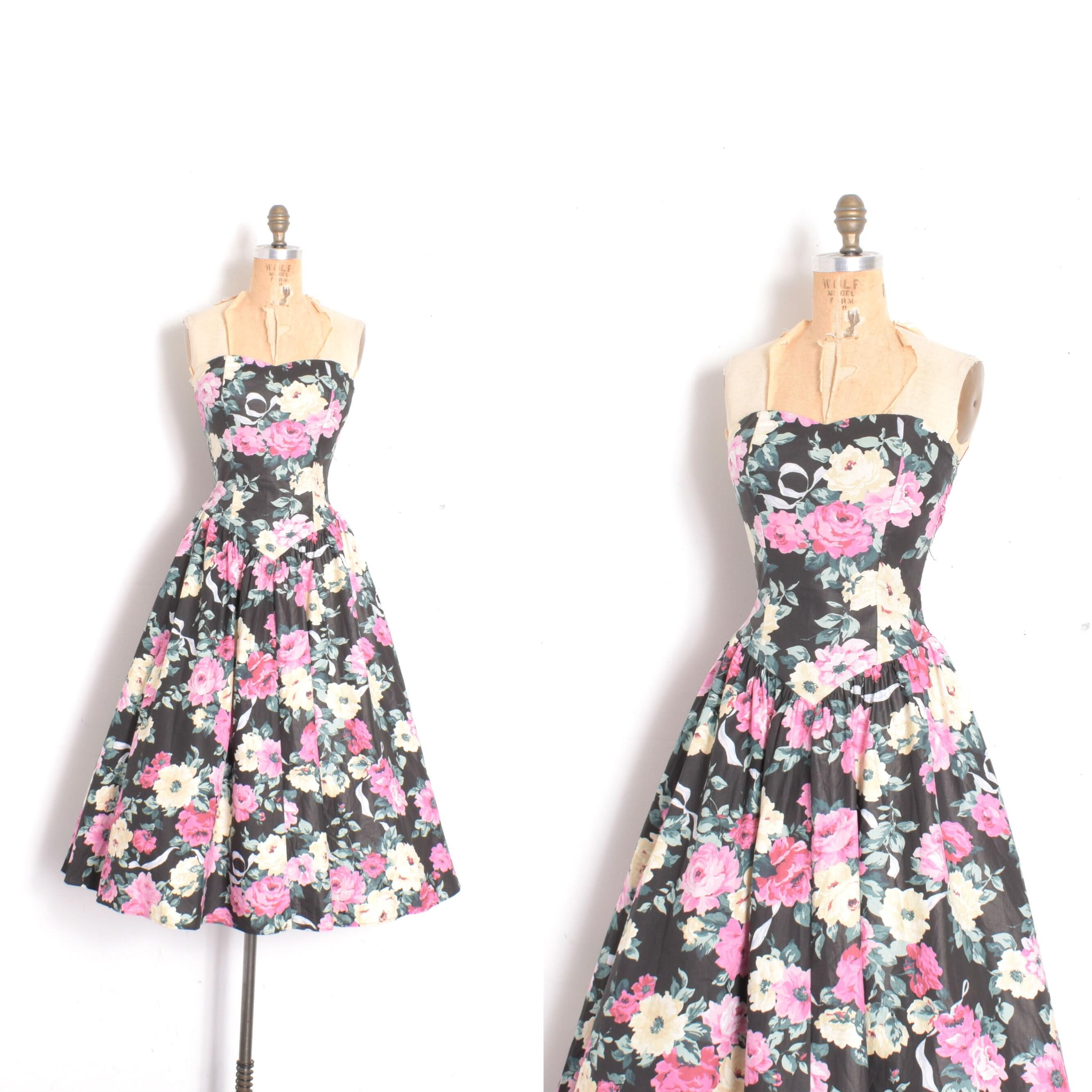 80s Dresses | Casual to Party Dresses Vintage 1980S Dress80S Dark Floral Strapless Cotton Black Pink  Xs S $88.00 AT vintagedancer.com