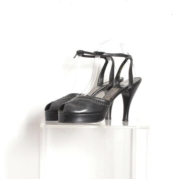 Vintage 1940s Shoes / 40s Leather Platform Heels … - image 2