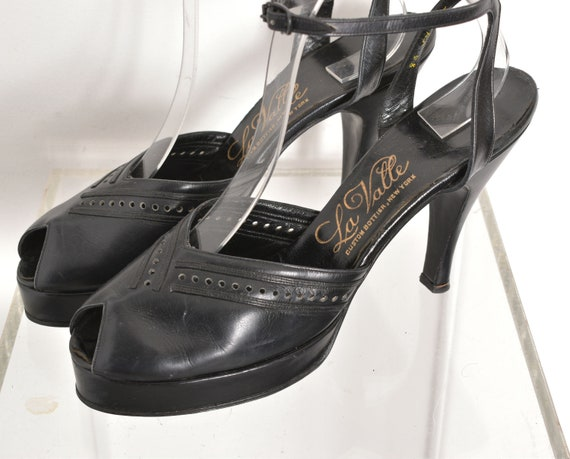 Vintage 1940s Shoes / 40s Leather Platform Heels … - image 3