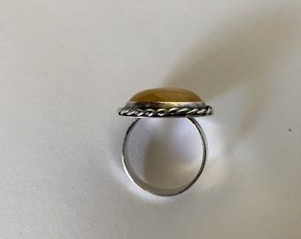 Yellow Jade/ Half Round Dome Ring