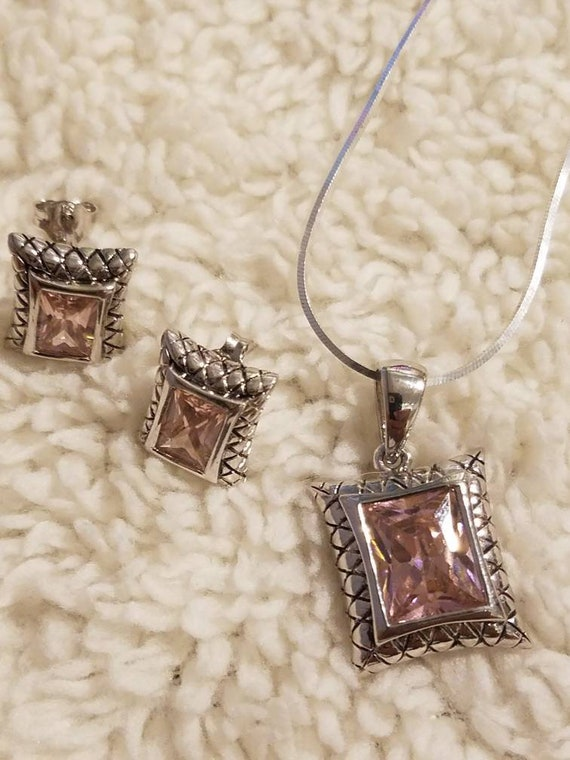 Stunning pink ice 925 sterling silver earring and necklace set