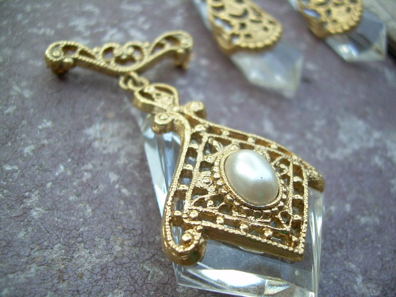 Rare Vintage Ornate Gold tone and rock crystal Earrings and Brooch set in Gold gilt featuring Faux Pearl.