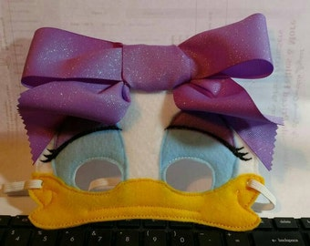 Daisy Duck Mask With Bow
