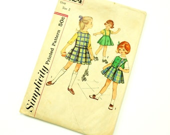 Vintage 1960s Girls Size 2 Retro Preppy Skirt, Blouse and Reversible Vest Simplicity Sewing Pattern 4624 Complete / b21 w20