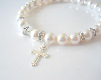 Baptism Bracelet, Gift for Goddaughter, First Communion Bracelet, First Communion Gift, Flower Girl Gift, Pearl Bracelet with Cross B242