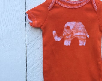 Elephant Baby Gift, Elephant Baby Bodysuit, Orange Elephant Bodysuit, Baby Shower Gift, Gender Neutral Baby Gift (6-9 months)