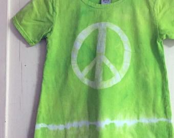 Girls Peace Sign Dress, Green Peace Sign Dress, Batik Peace Sign Dress, Green Girls Dress, Girls Tie Dye Dress, Girls Lime Green Dress (8)
