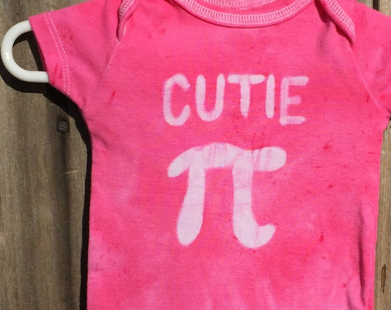 Cutie Pi Baby Bodysuit, Pink Pi Day Baby Shirt, Girl Pi Day, Math Baby Gift, Nerdy Baby Gift, Baby Shower Gift, Engineer Gift (0-3 months)